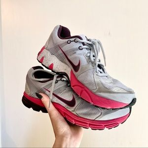Nike Zoom Structure 15 Running Shoes